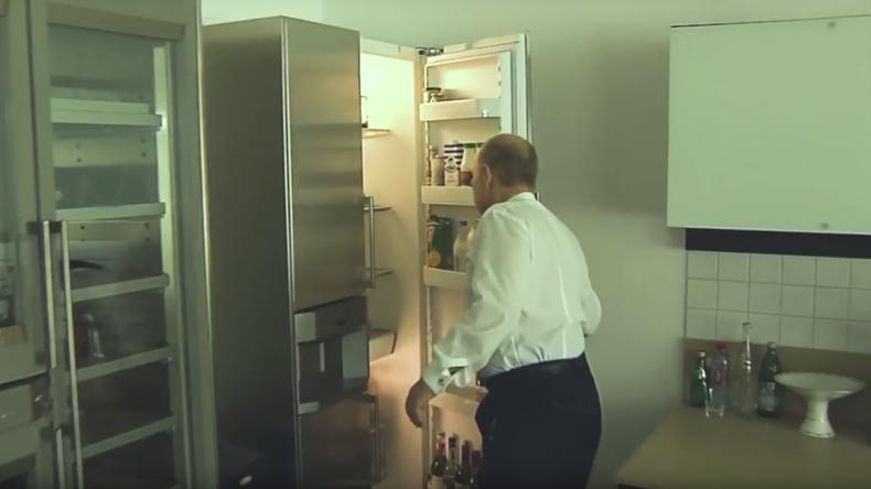 Skandal um Kreml-Küche: Hersteller von Haushaltsgeräten missbraucht Putin zu Werbezwecken