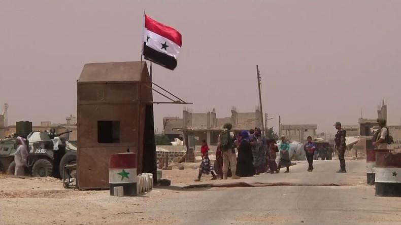 Syrien: Zivilisten verlassen die Provinz Idlib durch humanitären Korridor