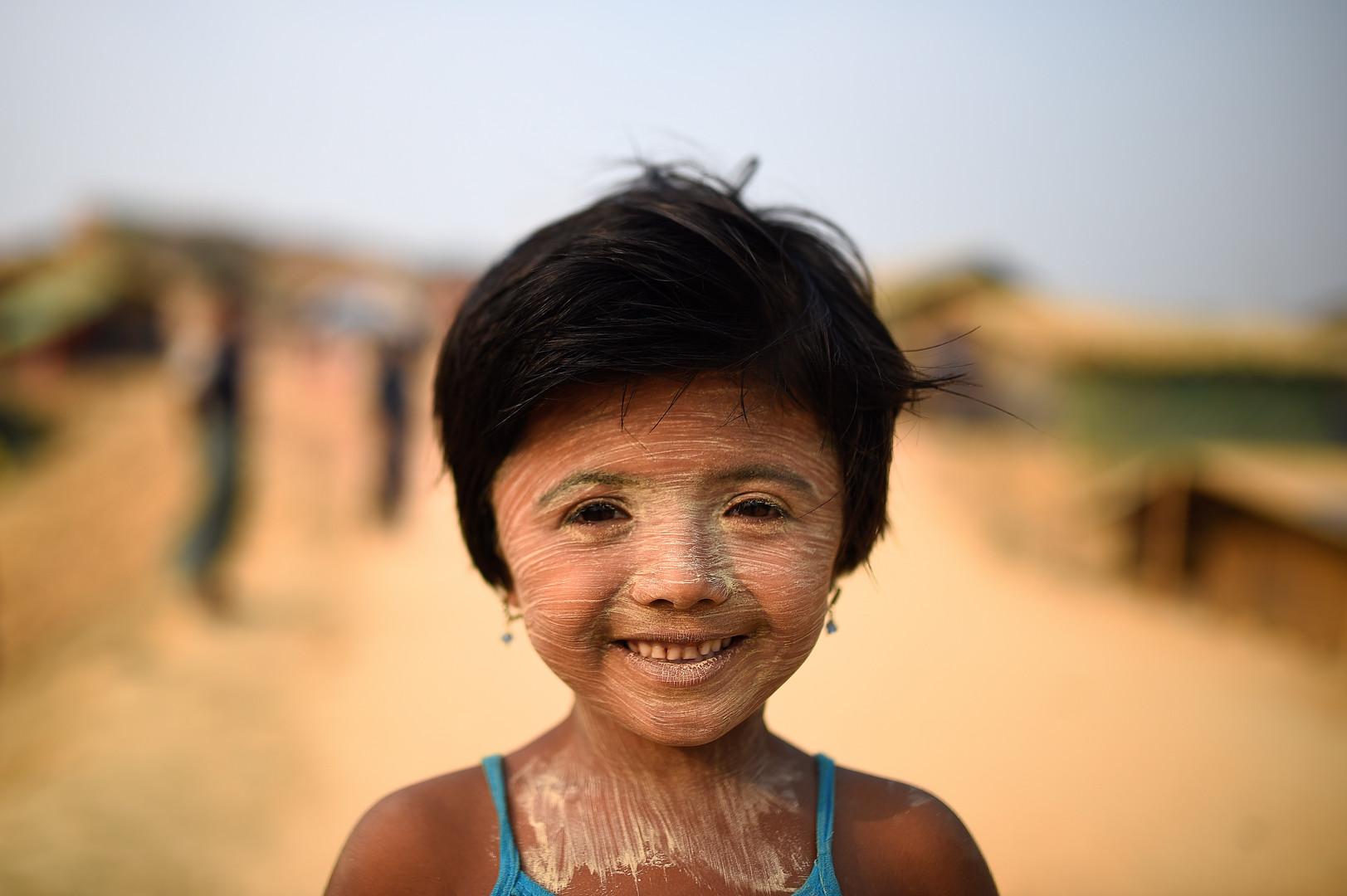 Nur Kayas, 6 Jahre alt mit Thanaka-Gesichtsbemalung, Kutapalong Flüchtlingscamp, Cox Bazar, Bangladesch, 5. Juli 2018.