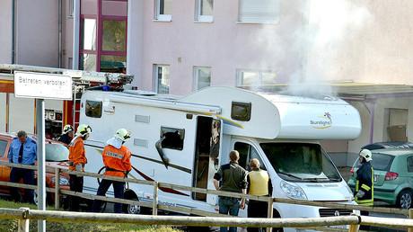 Das ausgebrannte Wohnmobil, in dem im November 2011 die Leichen von Böhnhardt und Mundlos gefunden werden