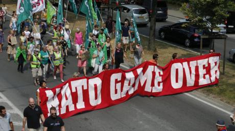 Proteste am 7. Juli in Brüssel gegen die NATO