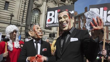 Ausgerechnet Großbritannien, das sich für das Nürnberg-Tribunal stark machte, stellte sich gegen das Römische Statut. Nach der Aktivierung wird es nicht rückwirkend gültig, Tony Blair ist damit sicher. Britische Befürworter betonen derweil den Schutz gegen russische Aggression.