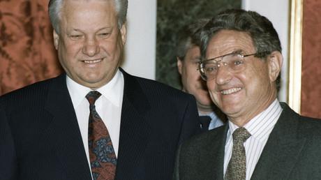 US-Milliardär George Soros 1993 mit dem russischen Präsidenten Boris Jelzin.