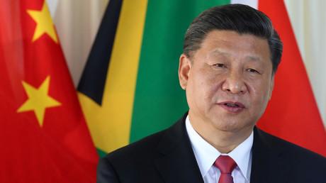 Chinas Präsident Xi Jinping spricht am 24. Juli 2018 mit dem südafrikanischen Präsidenten Cyril Ramaphosa in Pretoria, Südafrika.