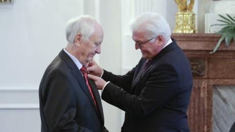 Ausgezeichneter Historiker: Heinrich August Winkler bekommt das Große Verdienstkreuz des Verdienstordens der Bundesrepublik verliehen