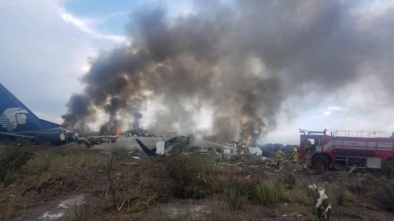 Flugzeugunglück in Mexiko: Dutzende Verletzte, keine Toten