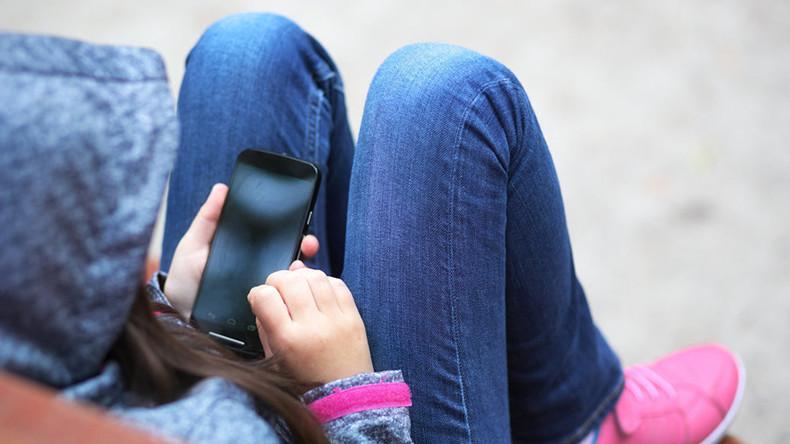 Russische Bildungsministerin: Französisches Handy-Verbot in Schulen ist ein richtiger Schritt