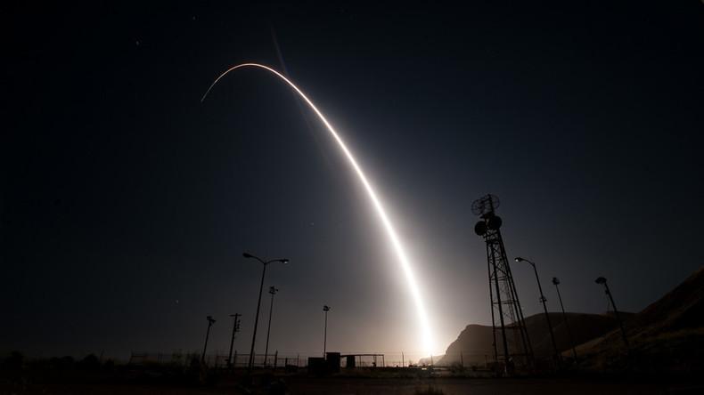 """US Air Force zerstört Interkontinentalrakete nach """"Anomalie"""" beim Teststart"""