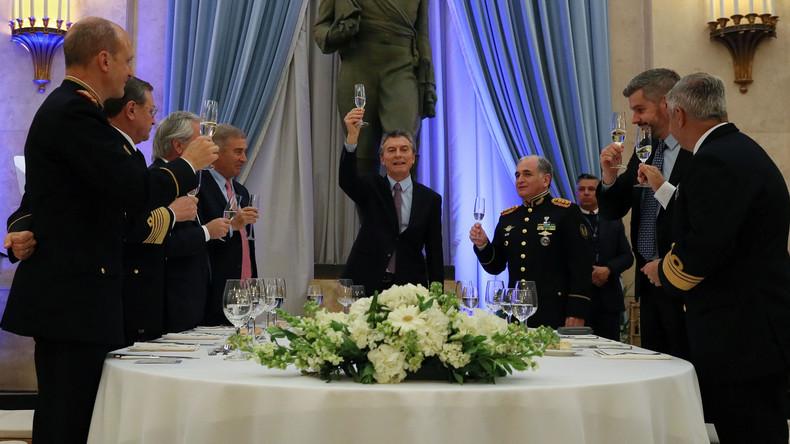 Argentiniens Präsident ordnet Einsatz des Militärs im Landesinneren an
