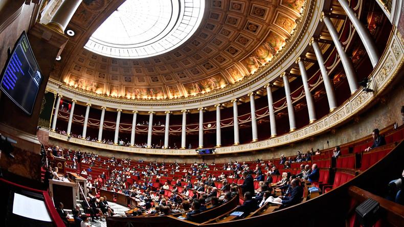 Schärfere Asylregeln in Frankreich endgültig gebilligt