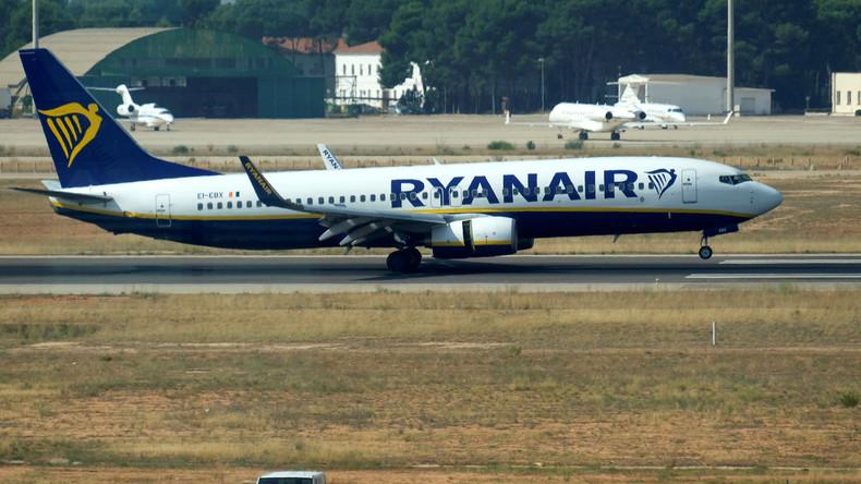 Smartphone-Zubehör entflammt in Flugzeugkabine – Fluggäste evakuiert