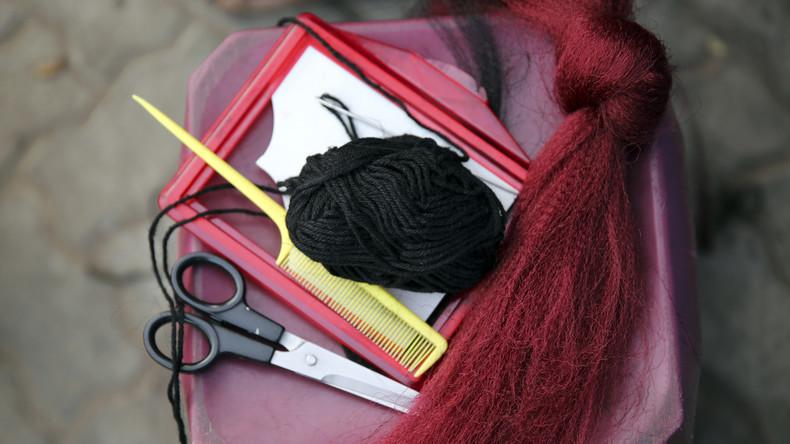 Haarsträubender Überfall: Diebe erbeuten 200 Kilogramm Haar aus Perückenwerkstatt in Indien