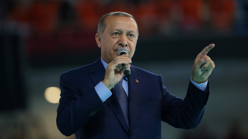 Recep Tayyip Erdoğan kündigt Vergeltungsmaßnahmen für US-Sanktionen an