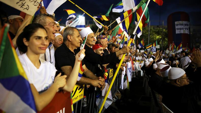 """Zehntausende demonstrieren gegen Israels """"Nationalitätsgesetz"""""""