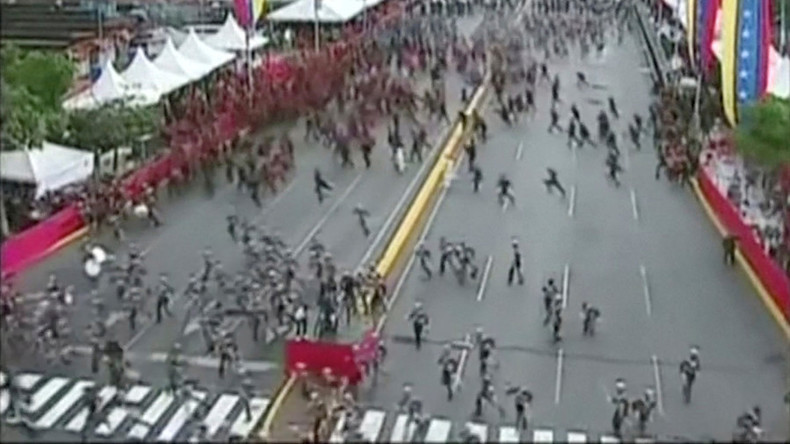 Venezuelas Präsident Maduro entgeht Sprengstoffanschlag (Video)