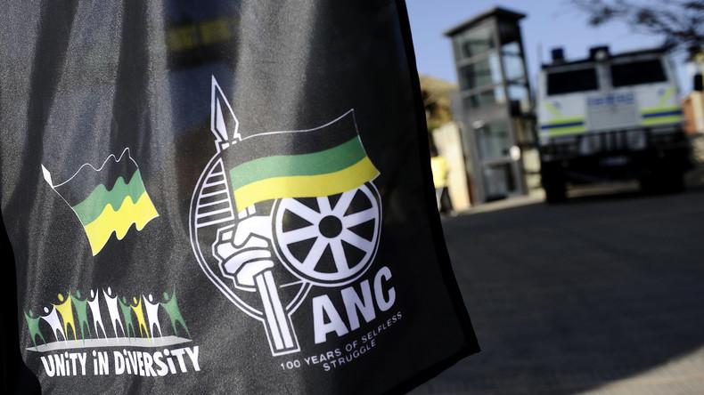 """""""Weiße sind Mörder"""": Südafrikanischer Parlamentsausschuss in Kritik wegen Hassrede auf Twitter"""