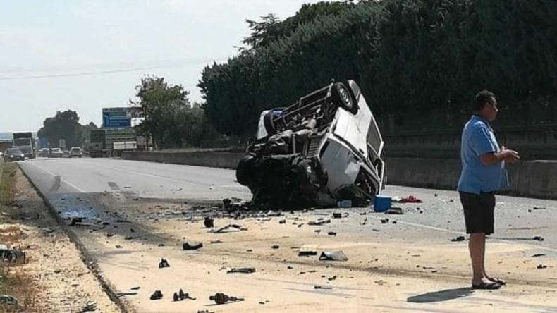 Lkw-Unfall in Süditalien - elf Feldarbeiter tot