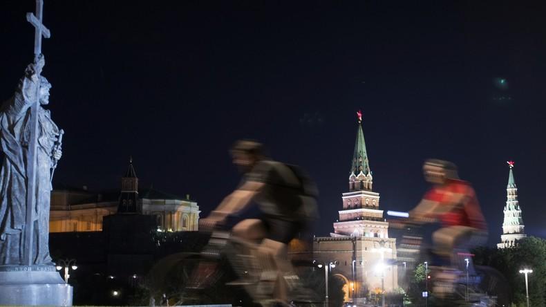 Für bessere Fahrradwege: 20.000 beteiligen sich an nächtlicher Fahrradparade in Moskau