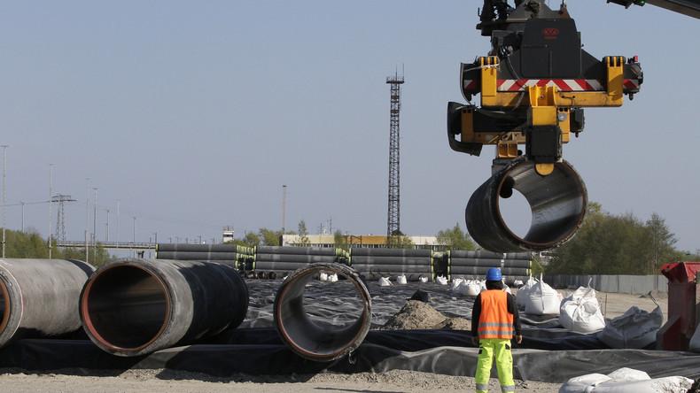 Erste Rohre für Erdgas-Pipeline Nord Stream 2 in Deutschland verlegt