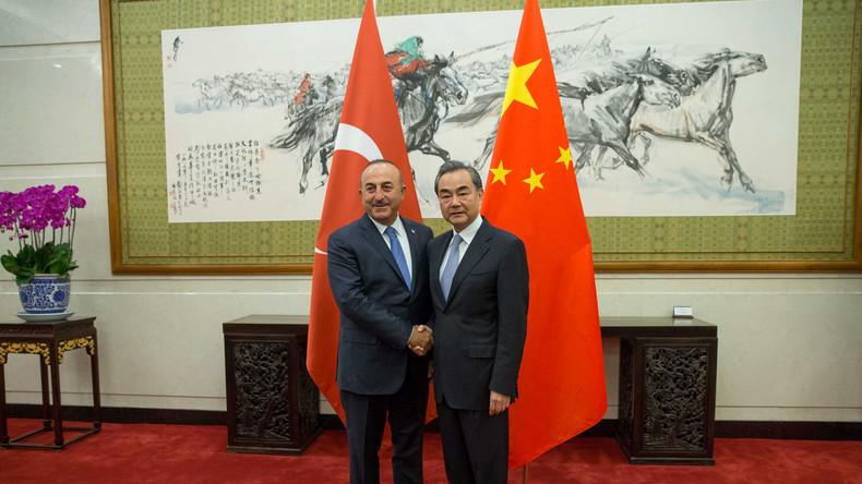 Nach Waffengeschäften mit Russland: Ankara vertieft auch militärische Beziehungen zu Peking
