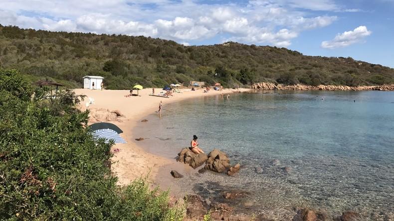 Teures Mitbringsel: Urlauber zahlt 1.000 Euro Strafe für Mitnahme von Strandsand aus Sardinien