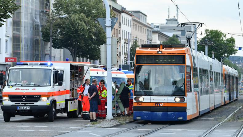 Über 20 Verletzte bei Straßenbahnunfall in Mannheim