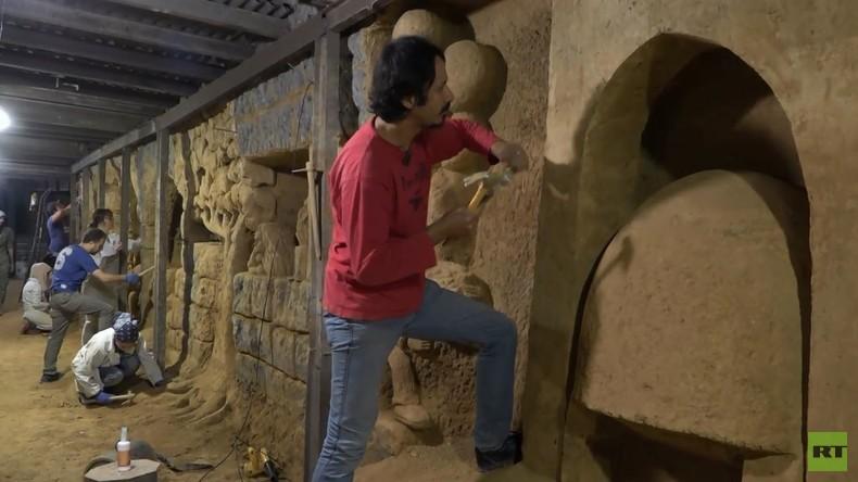 Bildhauer verzaubern Wände unterirdischer Tunnel in befreiter syrischer Stadt