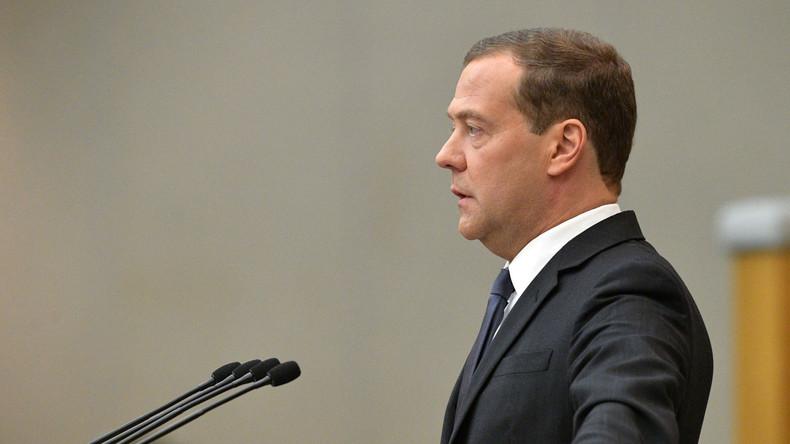 Medwedew warnt USA: Neue Sanktionen gegen Bankgeschäfte wären Erklärung eines Wirtschaftskrieges