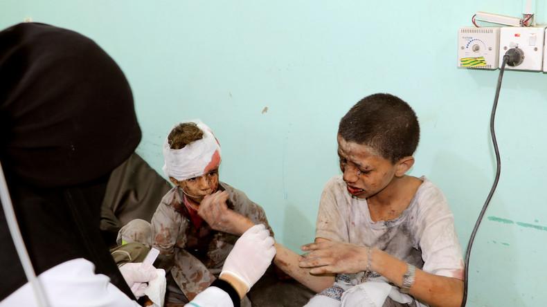 Blutüberströmte Kinder: Verstörendes Video zeigt Folgen des Busangriffs im Jemen