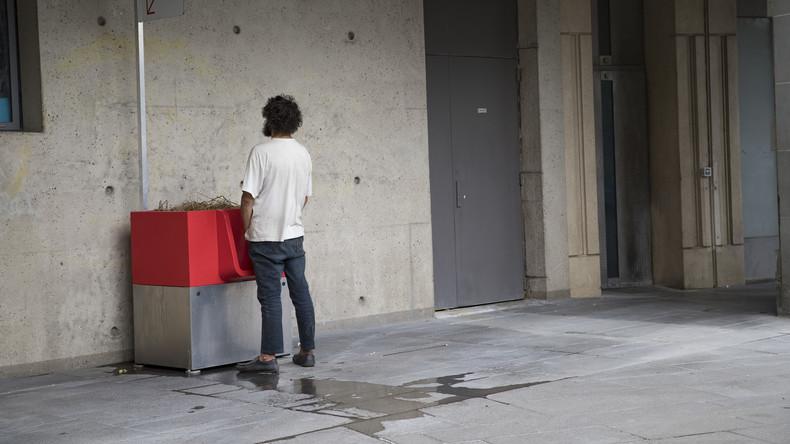 """""""Animieren zum Exhibitionismus"""": Pariser von neuen Stehtoiletten angepisst"""