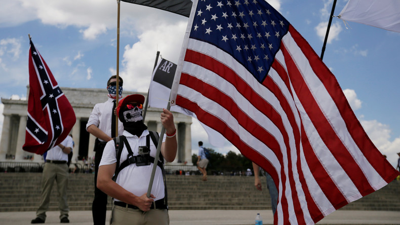 """US-Extremismus in Charlottesville: Moskau will """"Amerikaner gegen Amerikaner ausspielen"""""""