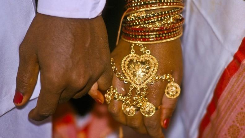 Indien: Rupie auf Rekordtief gegenüber dem US-Dollar - Goldeinfuhren steigen wieder