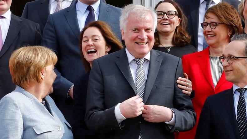 """Merkel-Kabinett beschließt dritte Geschlechtsoption: """"Divers"""""""
