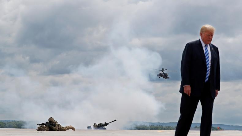 Donald Trump unterschreibt Verteidigungsgesetz mit Einwänden