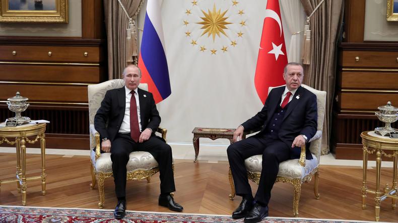 Inmitten der Währungskrise: Russland schlägt der Türkei Abkommen für Lira-Rubel-Handel vor