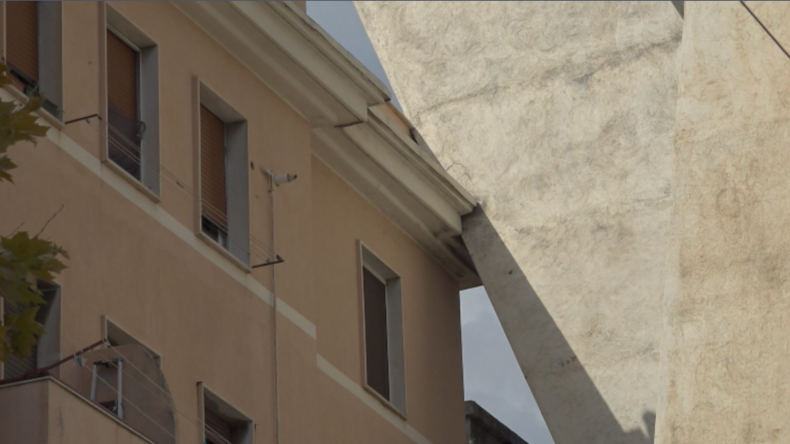 Genua: Hunderte Menschen um Morandi-Brücke aus ihren Häusern evakuiert