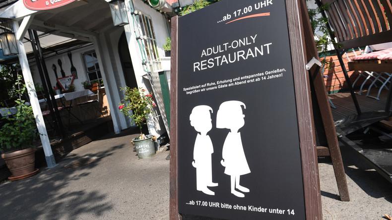 Unter 14 im Restaurant unerwünscht: Sind die Kinder das Problem oder eher die Eltern?