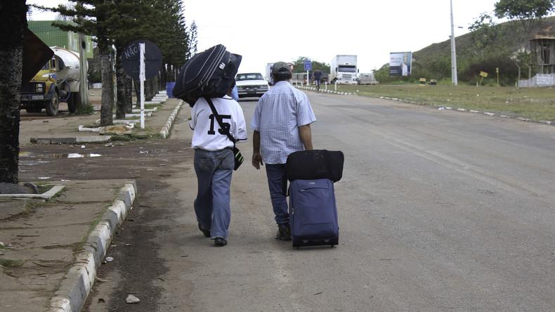 Aufgebrachte Brasilianer greifen Flüchtlinge aus Venezuela an