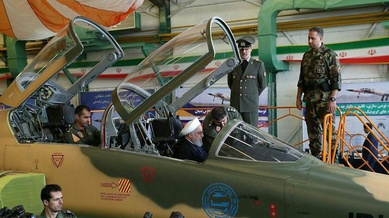 Erster selbstgebauter iranischer Kampfjet präsentiert