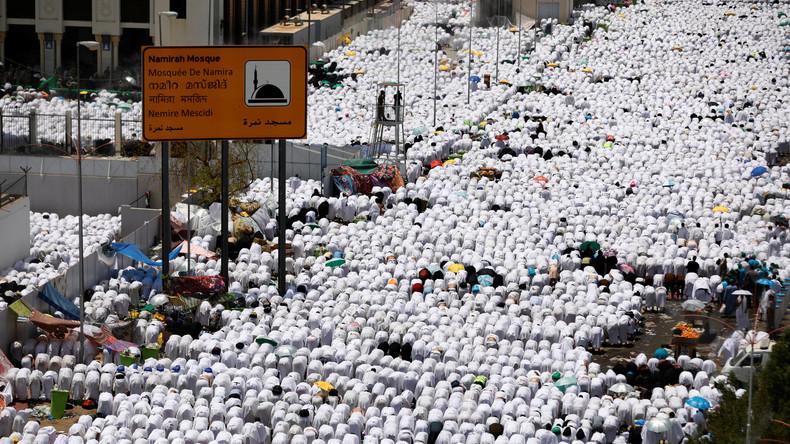 Muslime feiern Islamisches Opferfest in Mekka