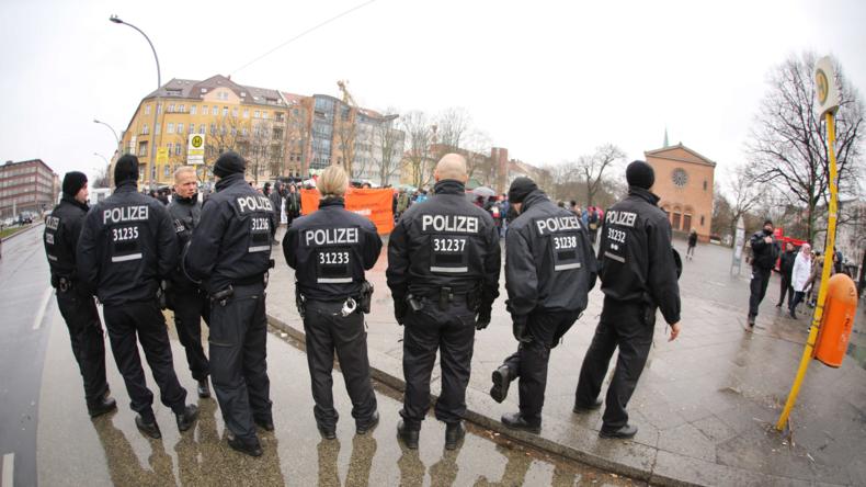 Wegen Personalmangel: Berliner Polizeipräsidentin will pensionierte Polizisten reaktivieren