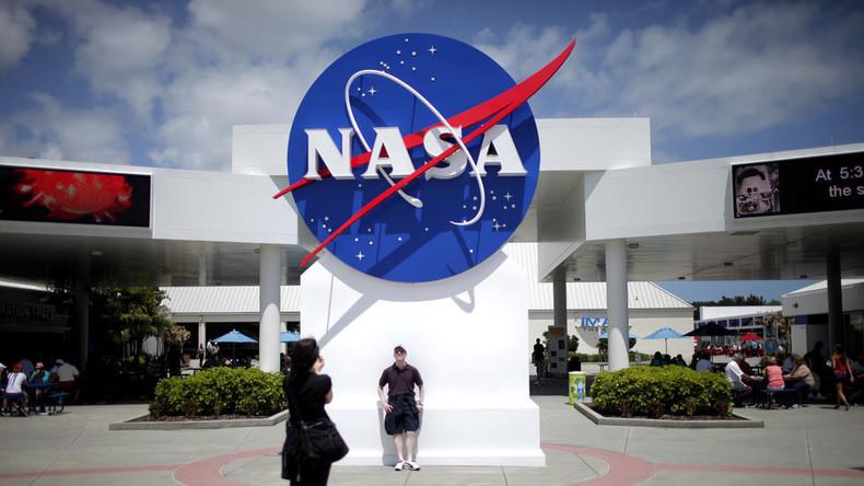 """""""Ich arbeite für die NASA, haltet die Fresse!"""" - Behörde feuert Praktikantin nach grobem Tweet"""