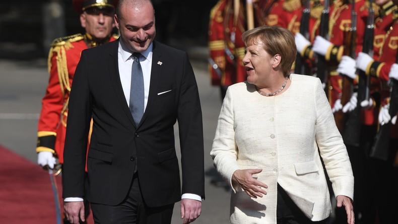 """Wegen """"russischer Besatzung"""": Merkel dämpft Hoffnung Georgiens auf raschen NATO-Beitritt"""