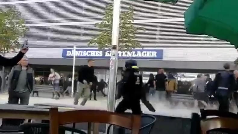 Schwere Ausschreitungen in Chemnitz – Hunderte ziehen nach angeblichem Migrantenmord auf die Straße