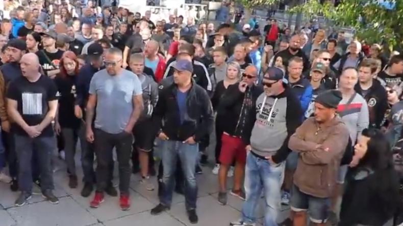 LIVE: RT Deutsch vor Ort in Chemnitz - Der Tag nach den Unruhen