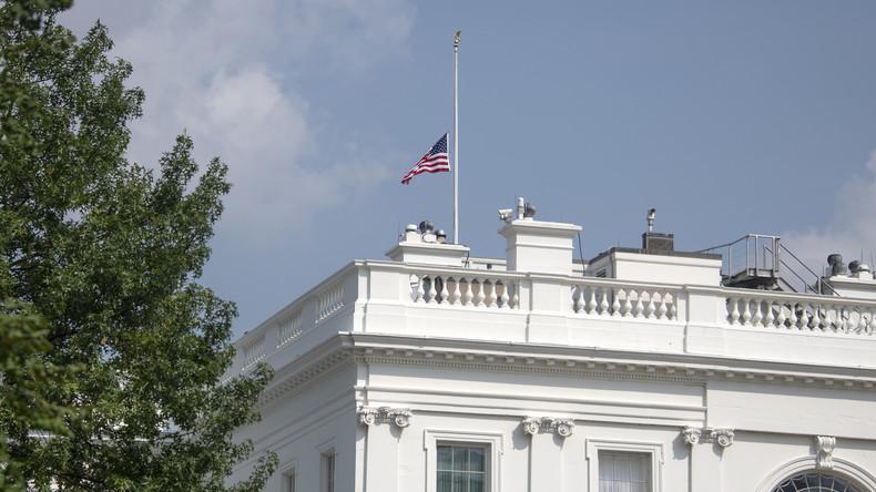 Trump würdigt McCains Dienste doch - US-Flaggen auf Halbmast