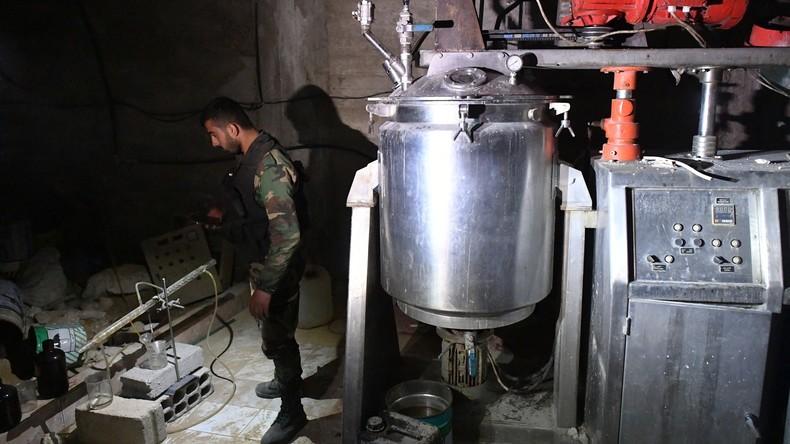 Moskau: Weißhelme begleiten Transport giftiger Chemikalien in syrische Provinz Idlib