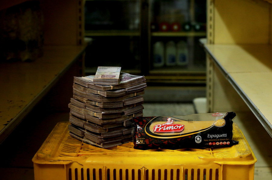 Eine Pakung Nudeln kostet 2.500.000 Bolivars, das entspricht 0,38 US-Dollar.