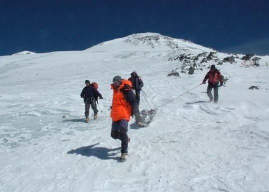 Mumie im Eis: Leiche von russischer Bergsteigerin nach 31 Jahren unter Schnee entdeckt