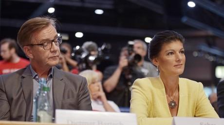 Kritisch werden die Ideen für eine linke Sammlungsbewegung  beäugt. Spalten wolle Wagenknecht aber nicht. Foto: Parteitag der Linken im Juni 2018.